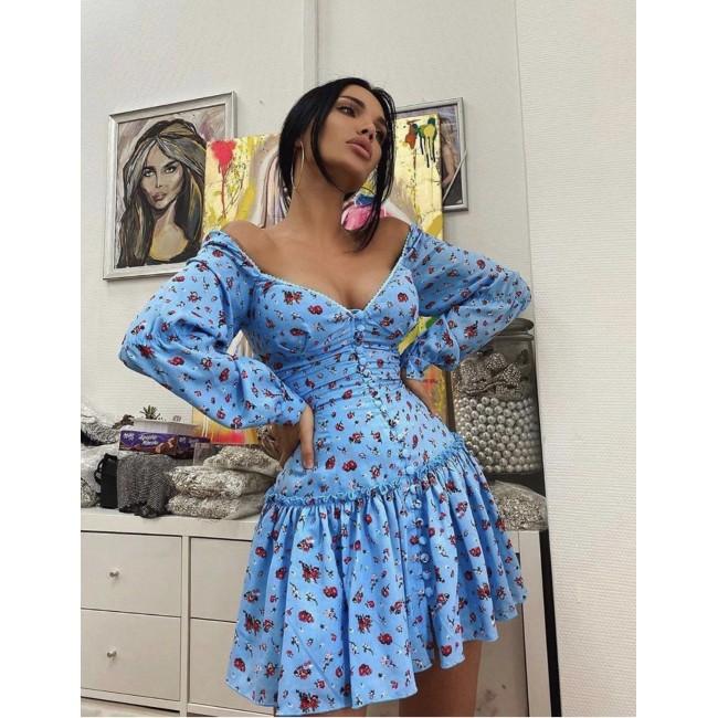Tolles Blaues Kleid mit Blumen